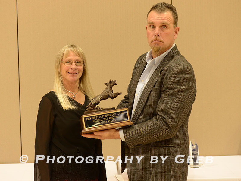 Jan presenting Trent Bosse the National High Point Dog award (AFC Cadence of Hearthrock #84)